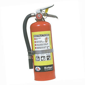 Badgerx99 Extra 5 Lb Abc Fire Extinguisher W Vehicle Bracket 23463b