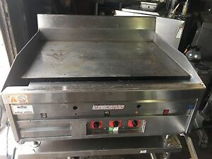 Magikitch n Thermostat Controlled 36 Flat Top Gas Griddle