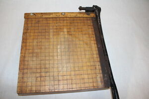 Vintage Ingento No 3 Paper Cutter ideal School Supply Co Wood cast Iron 11