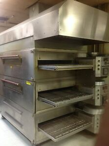 Pizza Ovens Xlt 3270 2 Decks With Exhaust Hood And Captiiveaire System