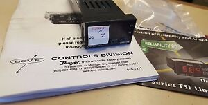 Love Controls 32a053 9502 Series 32a Temp process Controller