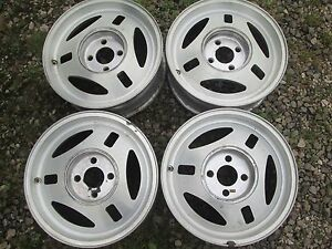 Used 1981 Mustang 390mm X 6 Aluminum Wheel Set four 01154 W center Caps sharp