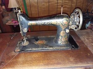 Vintage Antique Singer Treadle Sewing Machine Cast Iron Legs Operational