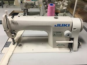 Juki Ddl 8700 Mechanical Sewing Machine Complete With Table And Motor Tag1267