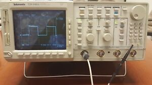 Tektronix Tds640a Digital 4 ch Oscilloscope 500mhz 2gs s Good Condition