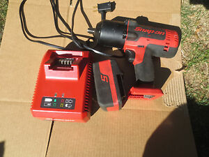 Snap on 18v 1 2 Drive Cordless Monster Lithium Impact Wrench Ct8850 4 0 Battery