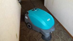 Tennent S5 Floor Sweeper Excellent Condition Local Pick Up Only And Ready