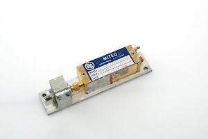 Miteq Amf 4s 107 117 6 P h C1 c153113 Microwave Rf Power Amplifier 10 7 11 7gh