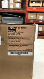 Dayton 4mtu1 Isolating Transformer In 120 240v Out 24v Rated Power 500va 6a 13