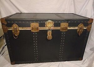 Trunk Large Chest Steel Corners Leather Handles Vintage Storage 36 X 22 X 20