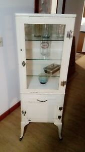 Off White Antique Medicine Cabinet 3 Glass Shelves Farley Good Condition