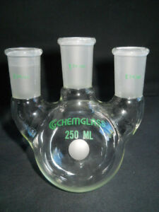 Chemglass 24 40 Joint Vertical 3 neck 250ml Round Bottom Flask Cg 1522 03