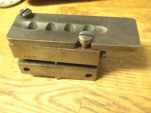 H&G 130 four Cavtiy Bullet Mold Hensely & Gibbs great condition.