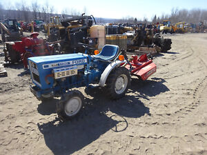 Ford 1100 Compact Tractor W Brush Hog Mint Condition 150 Hrs 4x4 4wd 3 Pt Pto