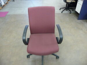 Realign Conference Office Desk Chair Burgundy From Seatonit