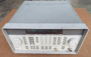 Hp Agilent 8648c Synthesized Signal Generator 9khz 3200mhz mike Office