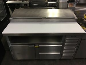 Kairak Krp 55s Refrigerated Sandwich Prep Table With 1 Door And 2 Drawers 120v
