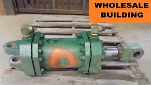 Hydraulic Cylinder 8 Bore Approx 8 Stroke 2 5 Rod 38 Overall Length