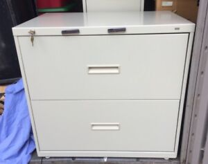 Hon 2 Drawer Lateral Filing Cabinet With Lock key