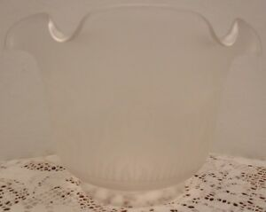 Antique Vintage Ruffled Edge Frosted Floral Glass Gas Lamp Light Shade