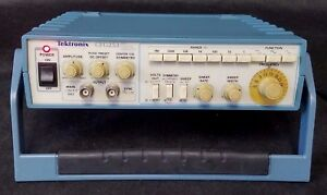 Tektronix Cfg253 3mhz Sweep Function Generator
