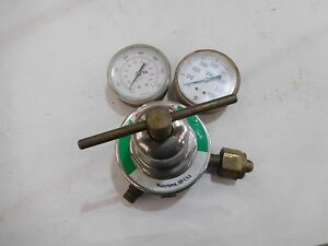 Used Smith Oxygen Regulator Hb1510a 540