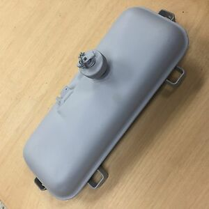 Small Portable Gas Tank 2 6 L Light Weight