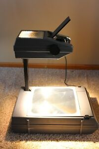 3m Visual Systems Overhead Projector Model 2000 Ag Compact Briefcase Extra Bulb