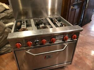 Cooking Performance Group Gas 6 Burner 36 Range With Oven 36cpgv6 Used