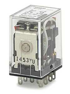 Omron My2k us ac120 Latching Relay 10 Pins square 120vac