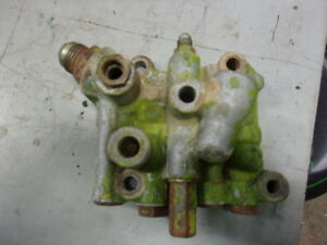 John Deere 4020 3020 2520 4320 Hydraulic Filter Valve Housing Ar45542 R40664