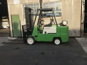 Clark C500 35 13 500lb Propane Cushion Tire Forklift New Engine