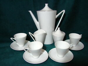 W German Bavaria Art Deco Alka Kunst White 16 Piece Demitasse Tea Set