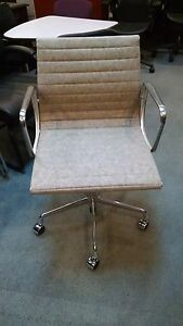 4 New Herman Miller Eames Aluminum Group Swivel Chairs