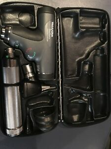 Welch Allyn Otoscope And Panoptic Opthalmoscope Diagnostic Set