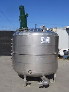 1000 Gallon Stainless Steel Mixing Tank