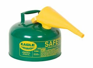 Eagle Ui 25 fsg Green With Funnel Metal Safety Gas Can 2 5 Gal Capacity