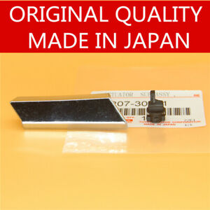 Right Passenger Side Headlight Nozzle Washer Cover Headlamp For Lexus Gs300