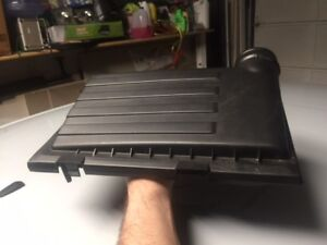 2017 Vw Jetta Air Cleaner Box Top Cover Only