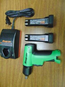 New Green Snap On Tools 3 8 Cordless Impact Ct596 Charger 2 Nicad 9 6 Batteries