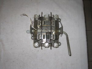 Duncan 7 Lug 3 Phase With Bypass Meter Socket For Parts Or Repair