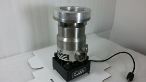 Leybold heraeus Turbovac 150 W Fan And Top Flange Adapter