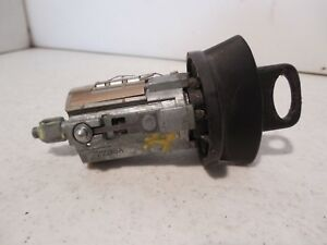 1999 Ford Taurus Key And Tumbler Switch Ignition Switch 1801009