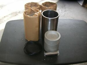 New Allis Chalmers Tractor Set Of 4 Pistons Liners D10 D12 D14 D15
