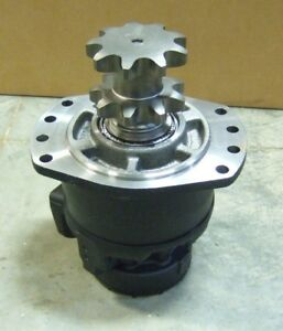 New For Case 450 465 Drive Motor 87035343 single Speed With Split Pump