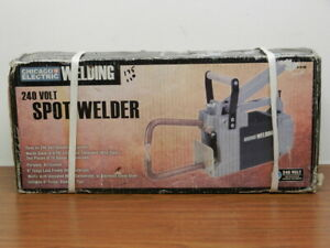 Chicago Electric Welding Spot Welder 240v Portable Air Cooled 6 Tongs New