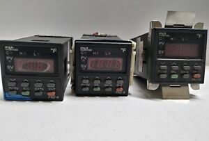 Lot Of 3 Fuji Electric Pxz 4 Temperature Controller Pxz4ray1 5vc26 d With Socket