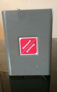 Honeywell L7248a 1000 120vac Aquasmart Oil Boiler Temperature Control