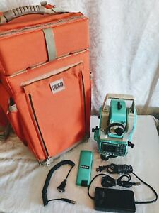 Working Nikon Npl 352 Total Station Reflectorless Edm With Backpack And Charger