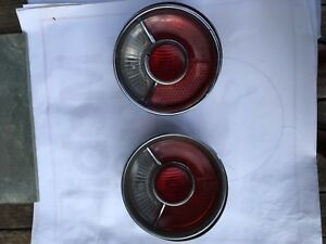 Bmw 2002 Tail Light 1968 1973 Complete Working Pair Left And Right Red Center
